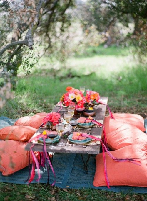 glamping picnic, nice colors, coral pink and turquoise