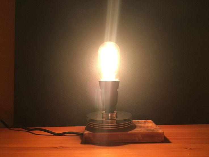 Edison style lamp