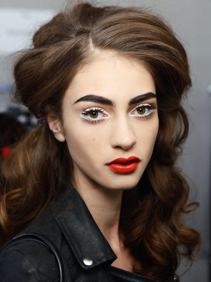 30 coiffures pour cheveux bouclés - Grazia