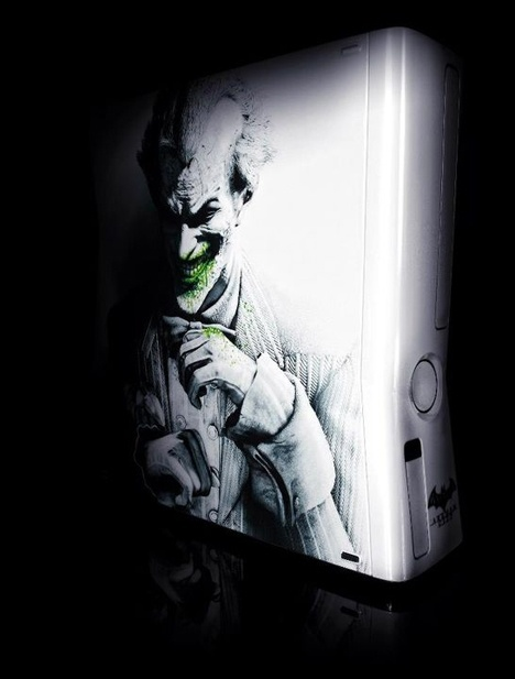 Absolutely Ridic!!!! Custom made Batman Xbox 360s
