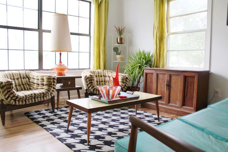 At Home With Andrea McArdle   ... i love te mix of modern and vintage