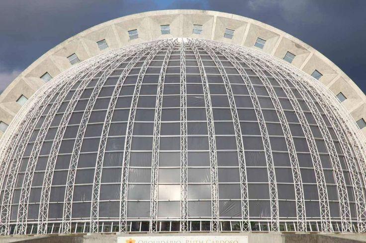 Building of the day - The Orchidarium Professor Ruth Cardoso Brazil by Decio Tozzi http://www.archdaily.com/135038/the-orchidarium-professor-ruth-cardoso-decio-tozzi