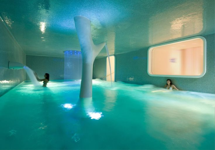23 best les h tels avec piscine nice images on pinterest. Black Bedroom Furniture Sets. Home Design Ideas