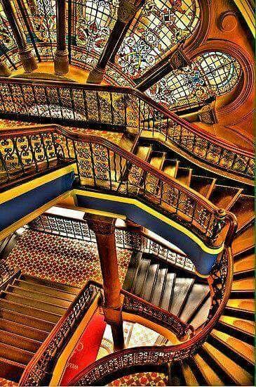 what a wonderfully joyful stair. . .
