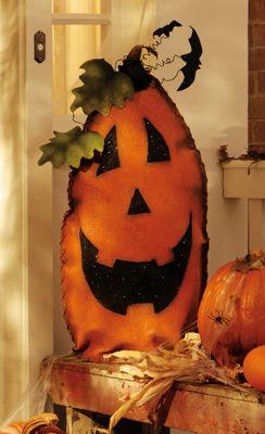 Friendly Welcome Halloween Pumpkin Face Decoration