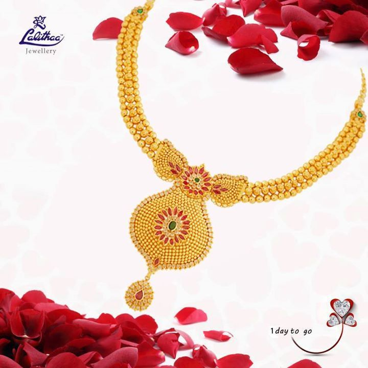 Celebrate this Valentine's season by gifting this gorgeous necklace to your dear one brought to you ‪#‎lalithaajewellery‬