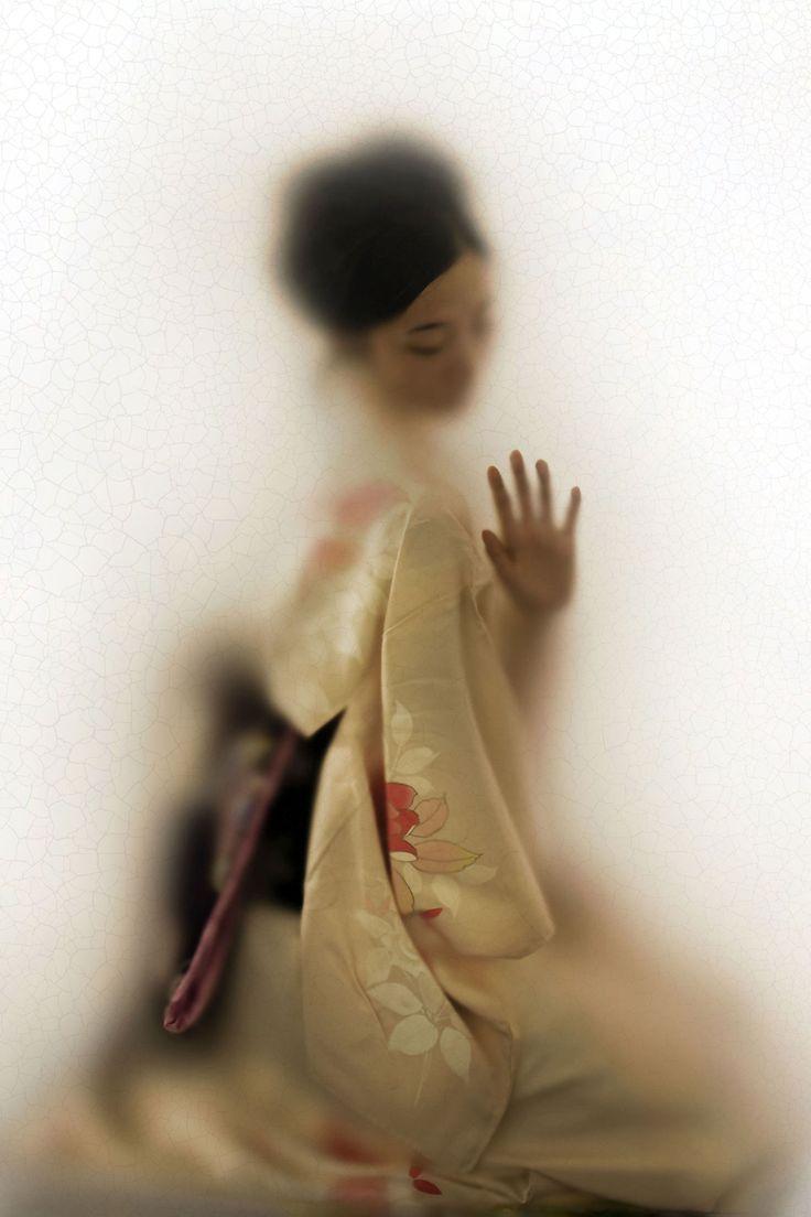 Expo: Nederlandse fotograaf Casper Faassen legt Japanse cultuur en vergankelijke schoonheid vast
