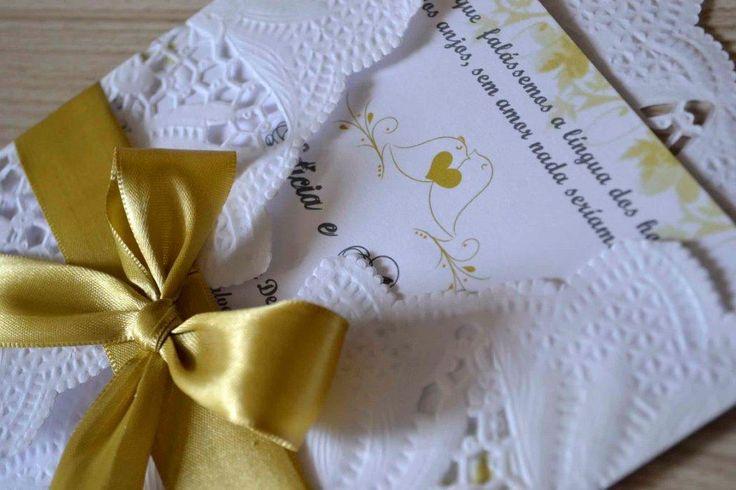 Tutorial de convite de casamento que tem feito muito sucesso - O convite de papel rendado. Além de ser lindo, esse convite é muito prático e fácil de fazer.