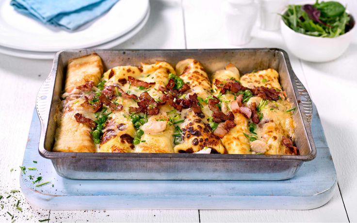 Fylte pannekaker med kylling, grønnsaker og en ostesaus laget med Snøfrisk smaker godt for både store og små.