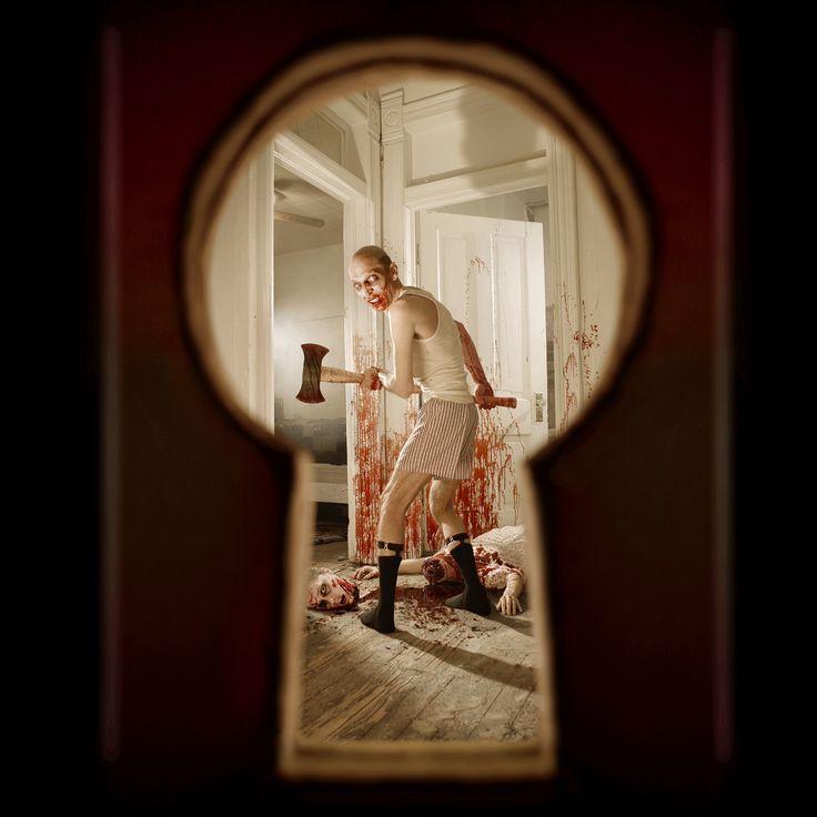 http://www.digilabspro.com/blog/wp-content/uploads/2012/10/horror-photographer-joshua-hoffine-keyhole.jpg