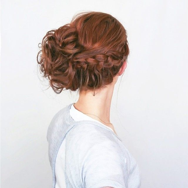 SnapWidget   Emily is back at it with another killer hair tutorial. We've joined forces again to come up with this boho romantic look and she executed it perfectly! Don't you just LOVE it?! This amazing all-occasion up-do is on the blog today (link in profile) with step by step instructions. @Emily Meyers #hair #style #pretty