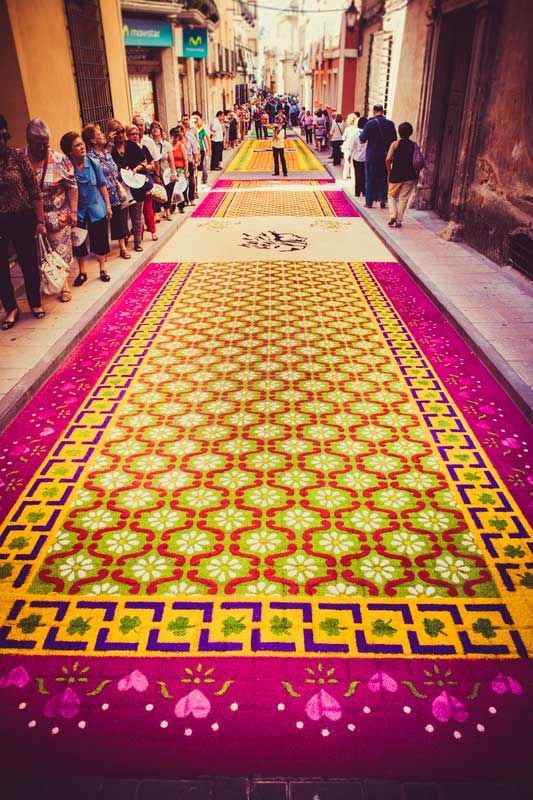 17 best images about alfombras flores y otros elementos on pinterest folk art antigua and fiestas - Alfombras portugal ...