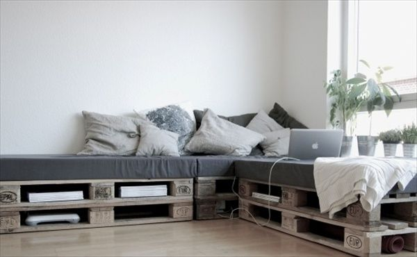 Doing a DIY with pallets is a really cheap and eco friendly way to make your own awesome furniture. Pallets are often used and then put on the side of the road as trash. Where we can pick them up and give them a new live, as a beloved part of our interior or exterior. … Read more...
