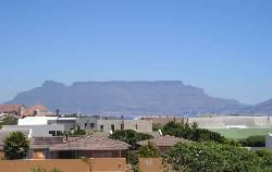 Waves Crest Accommodation - Waves Crest provides self-catering accommodation located literally 200 metres from Blouberg's Dolphin Beach - a sought-after wind and kite surfing spot with magnificent views of Table Mountain.Come and ... #weekendgetaways #bloubergstrand #capemetropole,blaauwberg #southafrica