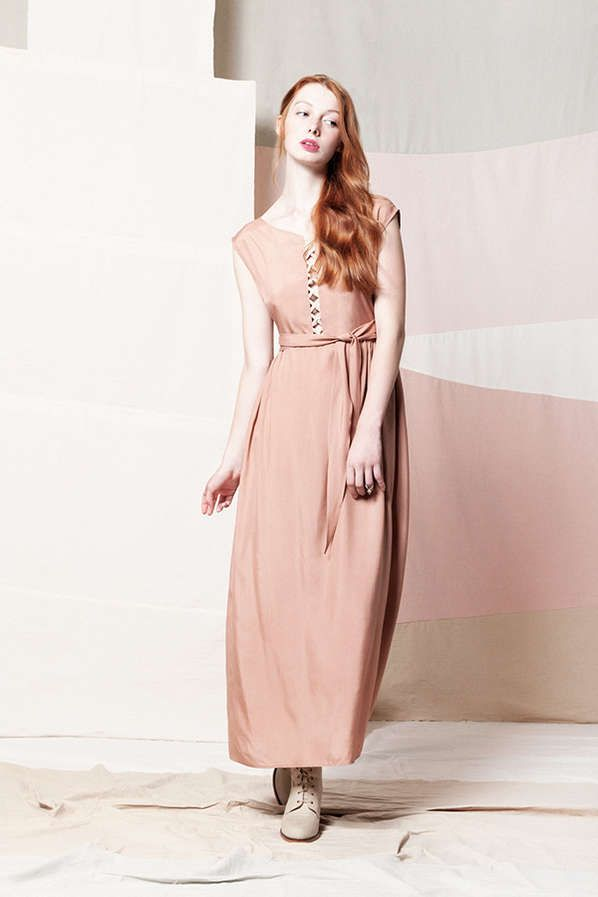 Samantha Pleet's Spring 2013 Line is Demure #oscardresses #oscarfashion