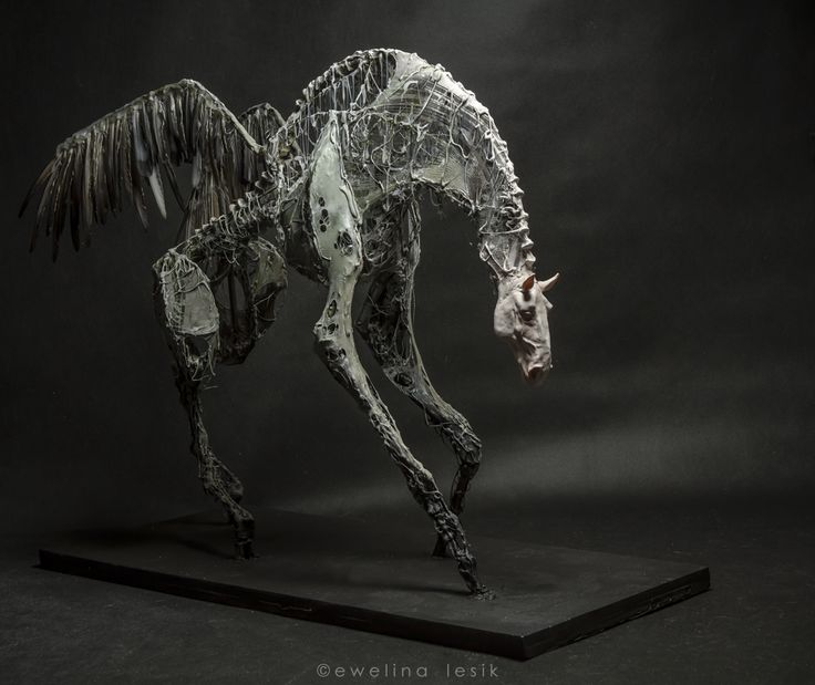 Pegasus by Ewelina Lesik (sculpture, height 78cm, lenght 100cm, 2014)