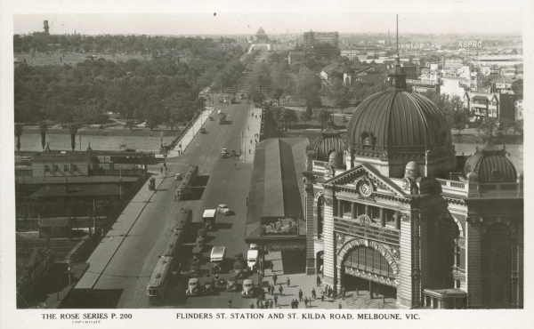 Flinders St. Station and St. Kilda Road, Melbourne, Vic. [picture] / Rose Stereograph Co., State Library of Victoria
