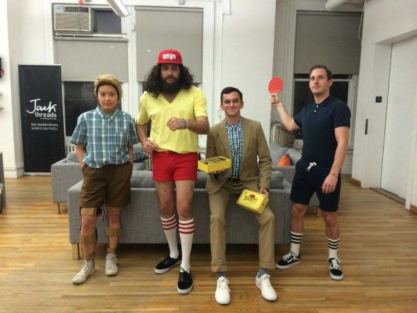 The Various Stages of Forrest Gump Group Costume #Forrestgump #Halloween #costume #costumeidea #groupcostume #2017 #coolcostumes #original #clever