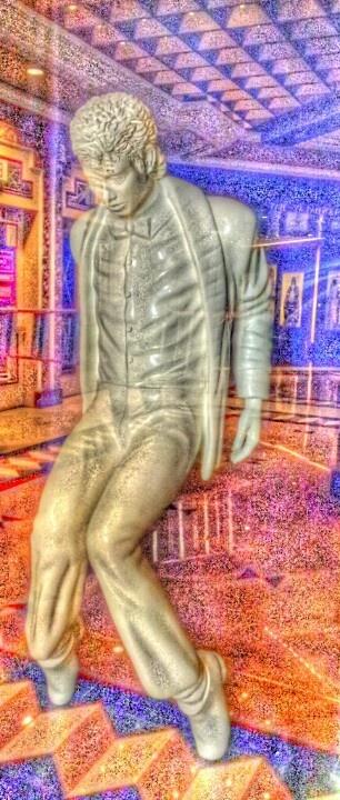 Michael Jackson Statue In Vegas.