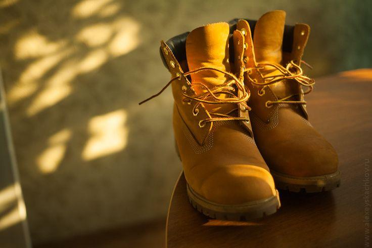 Желтые ботинки - современная романтика