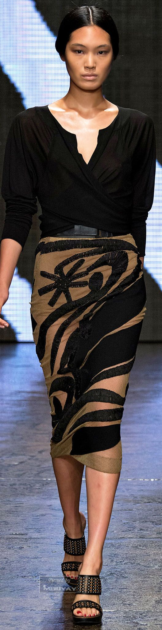 Donna Karan.Spring 2015. the shape of this, although not the pattern