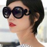 Saiba como usar óculos escuros redondos