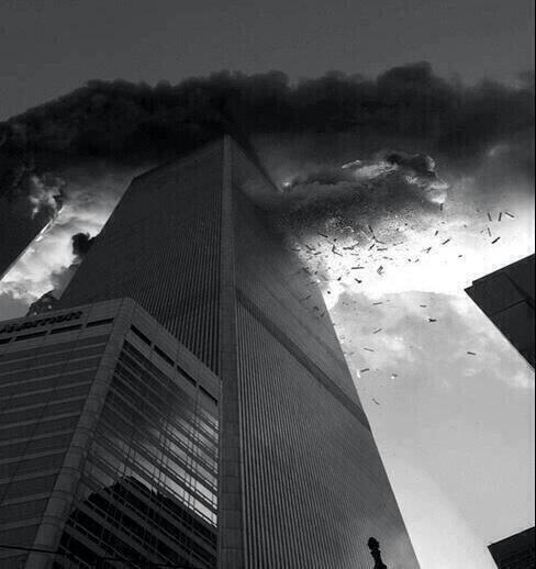 Momento del impacto del segundo avión en el atentado de las torres gemelas. 11 de Septiembre de 2001