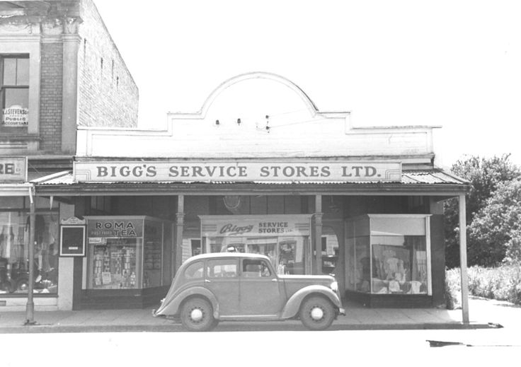 Gone shopping at the store. Upper Hutt, New Zealand. 1948