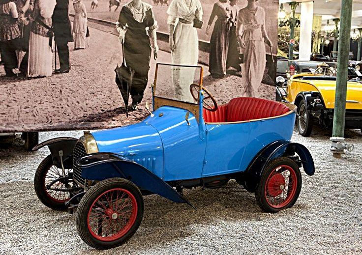 peugeot bb voiture routi re de 1913 la peugeot bb ou b b voiturette deux places cette. Black Bedroom Furniture Sets. Home Design Ideas
