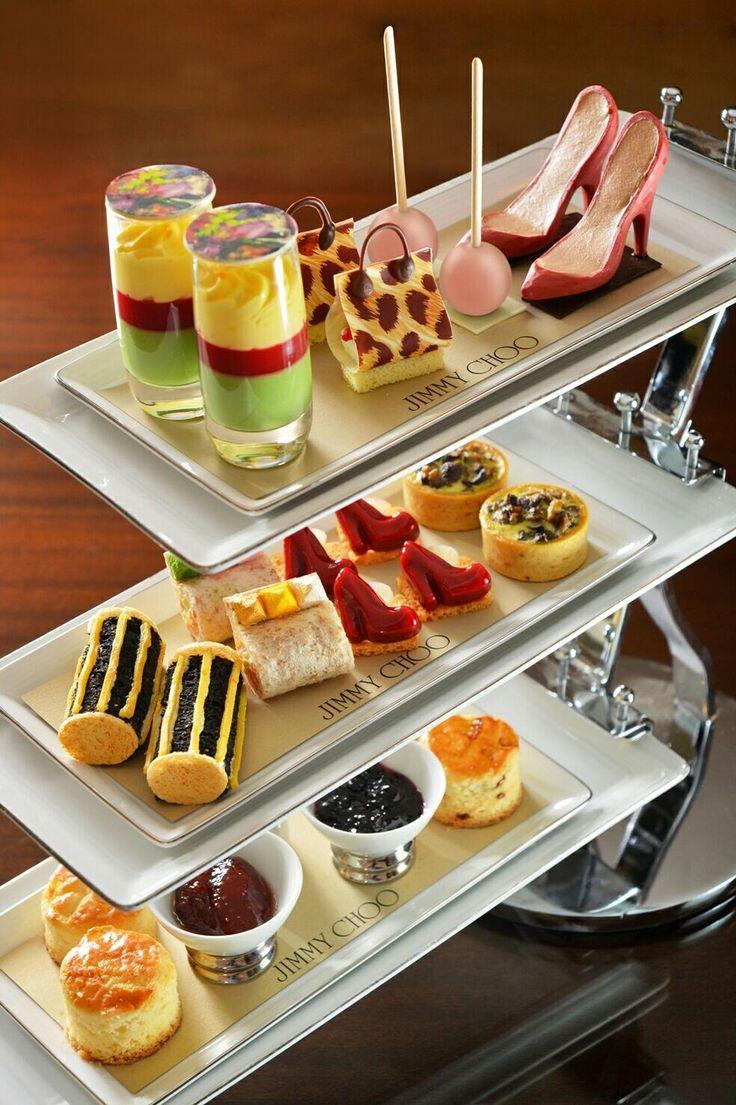 Mandarin Oriental Hong Kong teams up with Jimmy Choo Ltd offering an exclusive afternoon tea set!