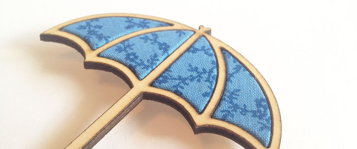Umbrella Brooch - Beach wood with blue floral fabric inlay