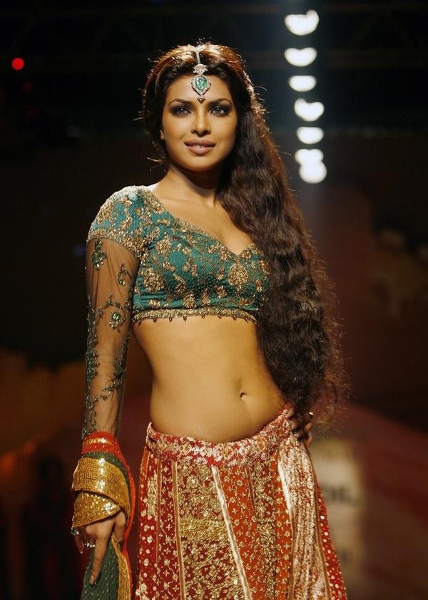Our Desi Girl Priyanka is looking an absolute stunner in this bridal lehenga, isn't she?