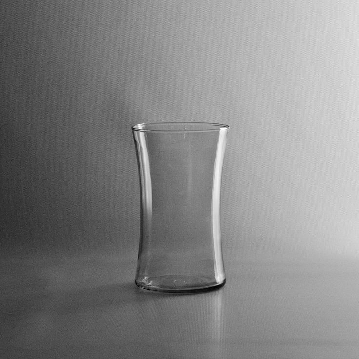 Small Gathering Clear Glass Vase - Wholesale Flowers and Supplies