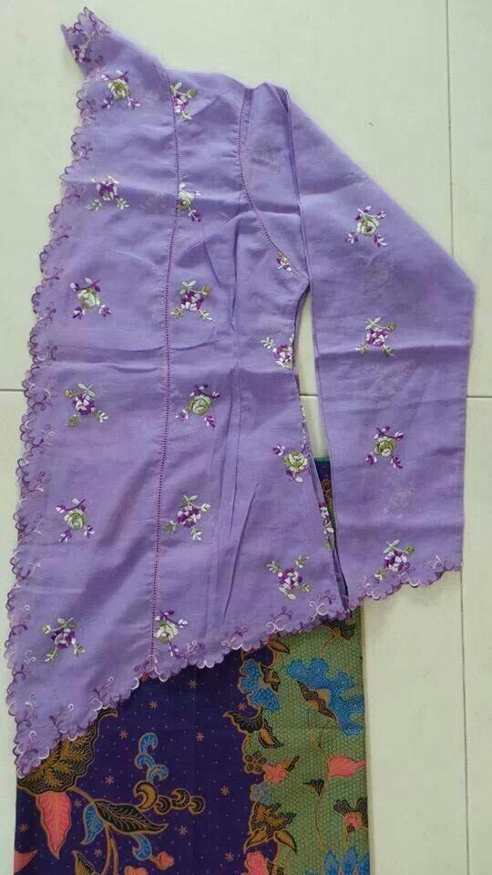 Lovely &simple Peranakan style kebaya Rubia in mauve