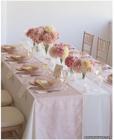 Pink Flower, Tables Sets, Spring Wedding, Pink Centerpieces, Pale Pink, Tables Runners, Bridal Shower, Wedding Theme, Sweets Peas