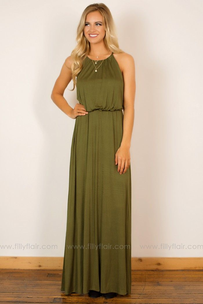This beautiful maxi dress in olive is perfect for any fall occasion! Pair with your favorite cardigan for a warmer look.