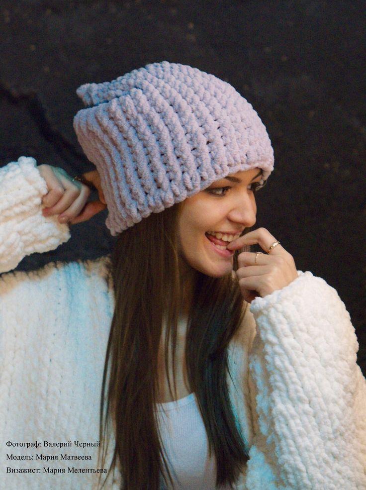 Серая шапочка ручной вязки 1200 ₽
