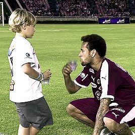 Neymar with his son during a charity match | December 26, 2017