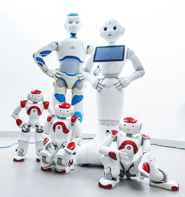 NAO, Pepper and ROMEO. Designed by ALDEBARAN. Team led by Vincent Clerc, Director of Advanced Robotics for SoftBank Mobile. With his team, Vincent developped Pepper in 17 weeks ! A record !