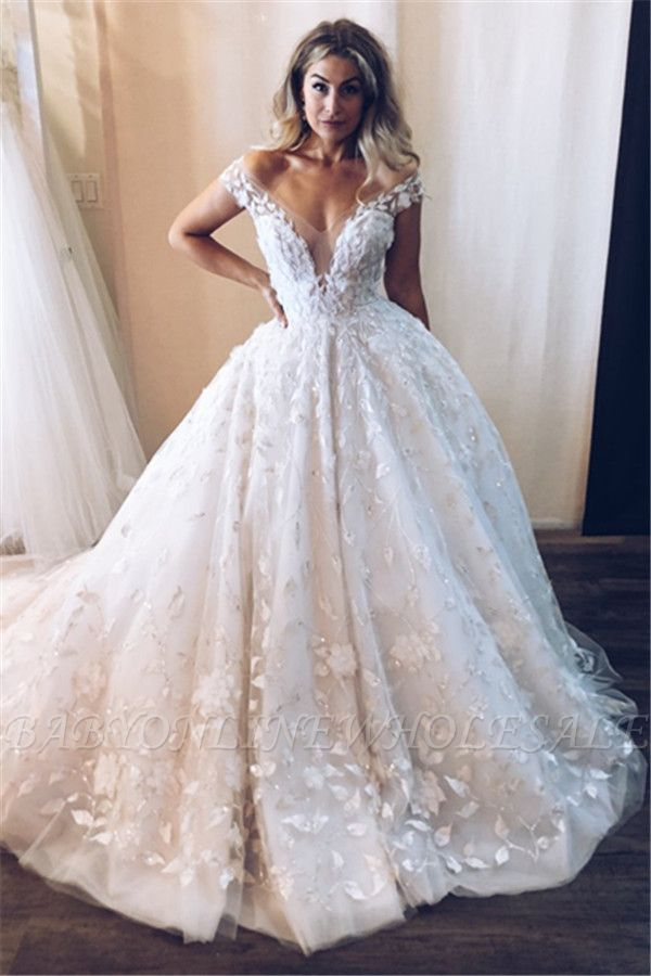 Stunning Off the Shoulder V Neck Appliques Ball Gown Tulle