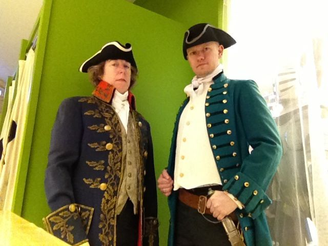 Fancy pirates/1700s clothing