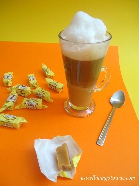 Kawa Latte Macchiato z krówkami