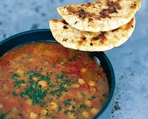 Tunisian Garlic and Chickpea Soup