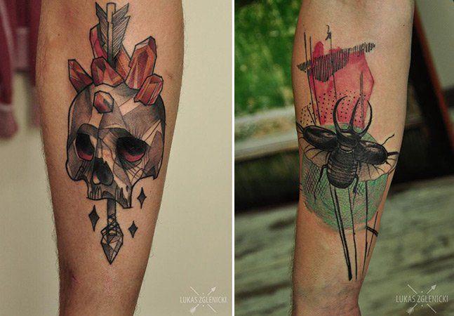 Marcadas por traços pretos bem fortes, as tatuagens deLukasz Zglenicki carregam consigo alguns rabiscos, como se fossem feitos à caneta, e cores escuras. Criando diversos retratos, ele encontrou uma forma única de desenhar, recebendo clientes noCykada Tattoo, em Sopot, na Polônia. De fato, seu estilo é definido como gráfico e rascunho, como se fosse feito à mão livre, sem nenhumdecalque anterior. Assim se formam tattoos sólidas, imponentes e com toques delicados de cor, em contraste…