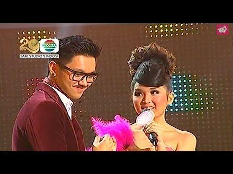 Sarah feat Vina Panduwinata 'Didadaku Ada Kamu ' @ Mamamia Indonesia 2014