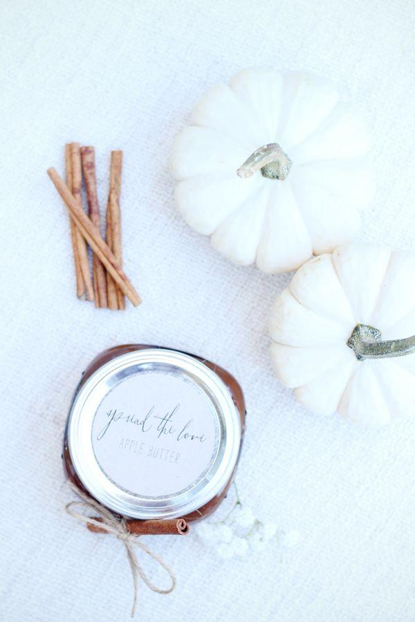 DIY Apple Butter Favors #fall #thanksgiving #recipes