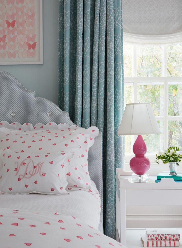 turquoise bedrooms blue bedrooms small bedrooms girls bedroom pink bed