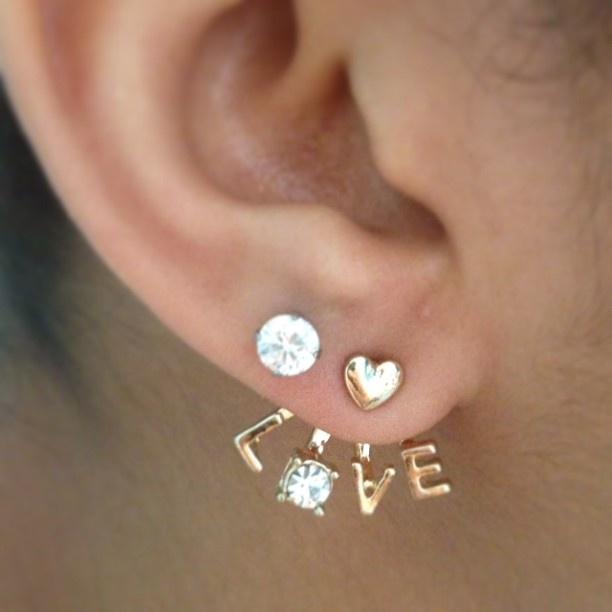 """Im getting the """"LOVE"""" peircing <3"""