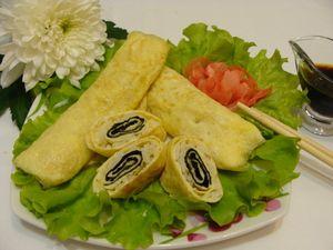 Яичные рулетики с рисом