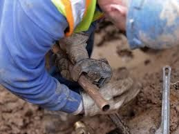 Get a Lead Pipe Replacement in Swansea with LSV Water. From detecting and repairing water leaks, to installation or repair of mains water pipes, We have an established pedigree that makes them the first choice. Our staff is fully trained and highly qualiled in their field. For us, Health and safety are highly importantand we always carry out a site survey before commencing work. Get in touch with us.